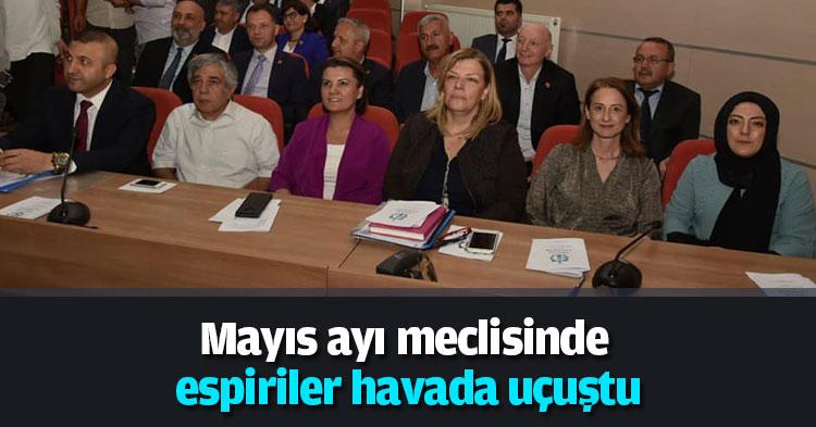 Mayıs ayı meclisinde espiriler havada uçuştu